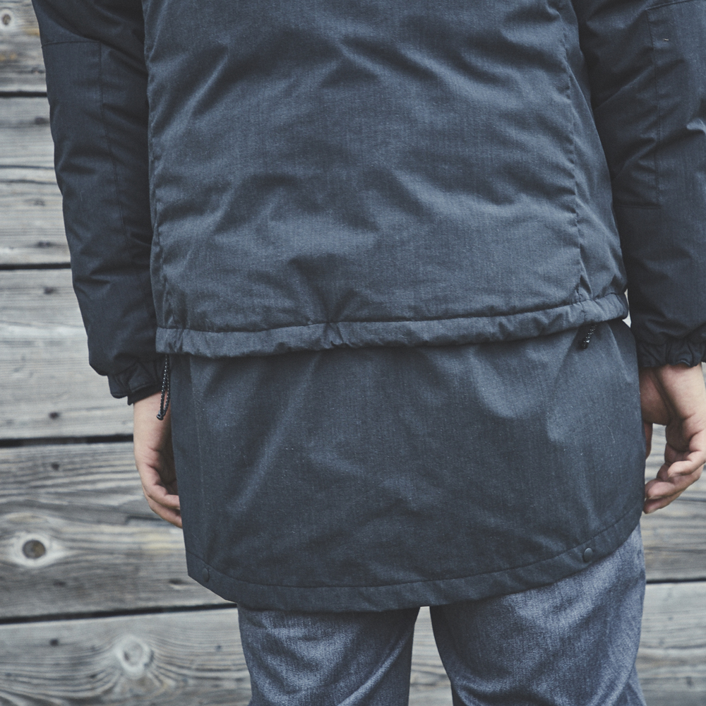 tent-Mark DESIGNS UTILITY CAMP DOWN JACKET【チャコール Lサイズ】